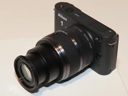 Nikon 1 10-30mm標準レンズ(30mm端)