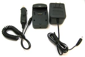 充電器とACアダプタ