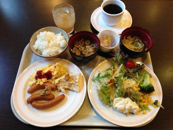 GRGホテル那覇松山の朝食ブッフェ