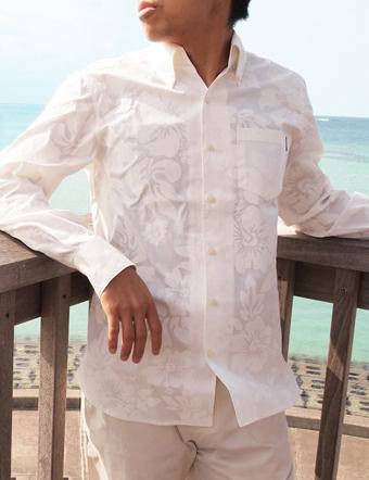 沖縄アロハシャツファクトリーのシャツ