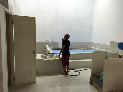 マクタンの銭湯の浴槽
