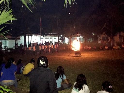 BAYSIDE English Cebu RPCのキャンプファイヤー