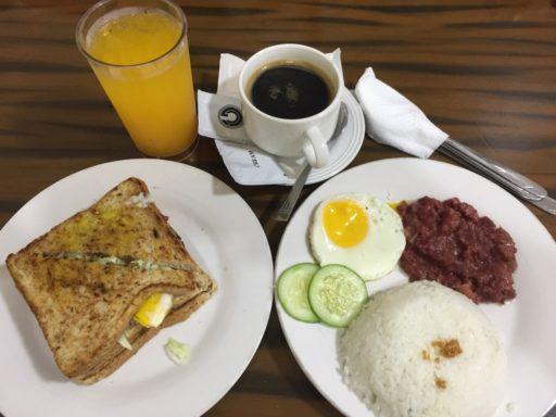 Sebastien hotelの朝食