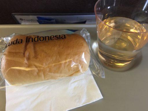 ガルーダ・インドネシア航空の機内サービス(国内線)