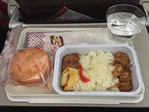バティック航空(ジャカルタ→マナド)の機内食
