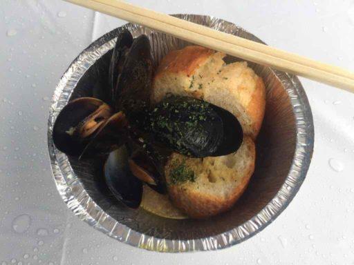 ムール貝の赤ワイン蒸し